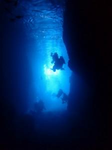 沖縄 ダイビング 体験 青の洞窟 真栄田岬