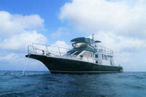 沖縄 ダイビング 自社船