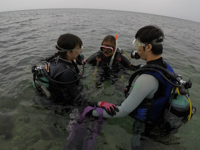 沖縄 北谷 宮城海岸 砂辺 ダイビング 体験ダイビング ビーチダイビング