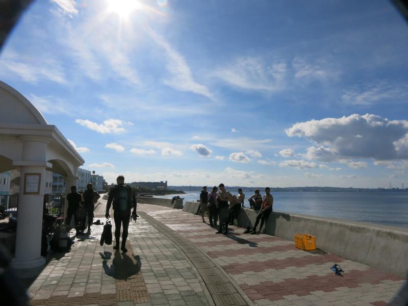 沖縄 北谷 宮城海岸 砂辺 ダイビング ファンダイビング ビーチダイビング