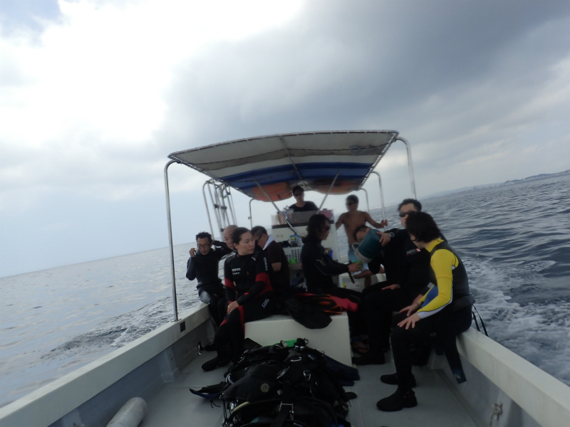沖縄 宜野湾 沖縄本島 ダイビング ボートダイビング