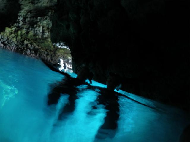 沖縄 真栄田 青の洞窟 沖縄本島 西海岸 ダイビング ボートダイビング