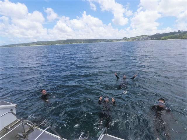 沖縄 読谷村 残波 沖縄本島 ダイビング ボートダイビング 体験ダイビング