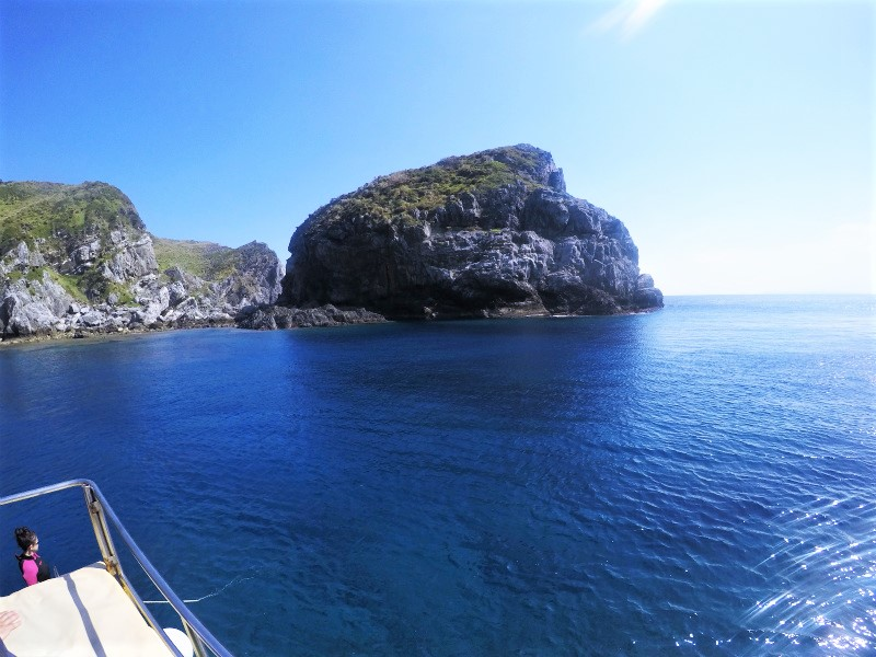 アルファダイブ 沖縄 渡名喜 ダイビング ボートダイビング