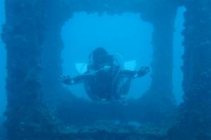 沖縄ダイビング 与那原マリーナ アルファダイブ 漁礁