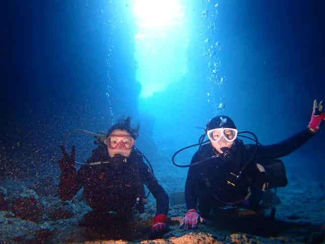 沖縄 ダイビング 近海ボートFUN OWD講習 体験ダイビング