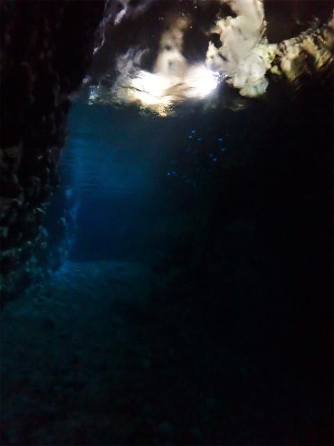 沖縄 真栄田岬 青の洞窟 ダイビング ビーチダイビング