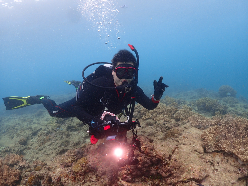 沖縄 北谷 砂辺 ダイビング ビーチダイビング AOW 講習 PADI