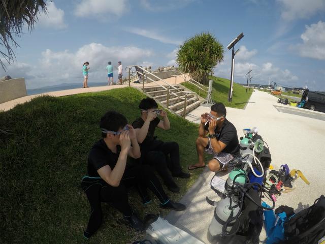 沖縄 沖縄本島 崎本部 ゴリラチョップ ダイビング ビーチダイビング