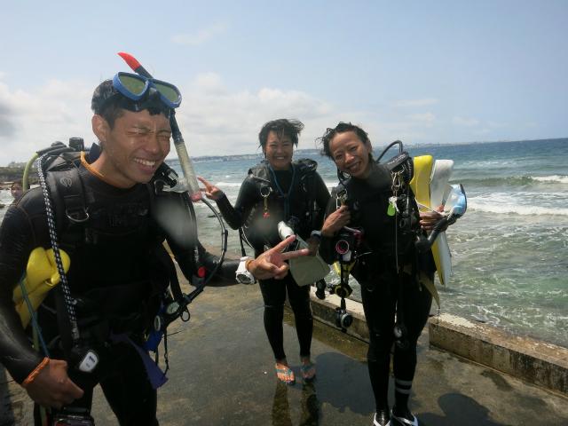 沖縄 真栄田岬 青の洞窟 恩納村 ダイビング ファンダイビング