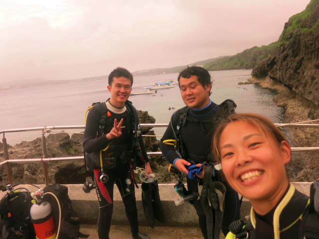 沖縄 ダイビング 真栄田岬 青の洞窟 FUNダイビング