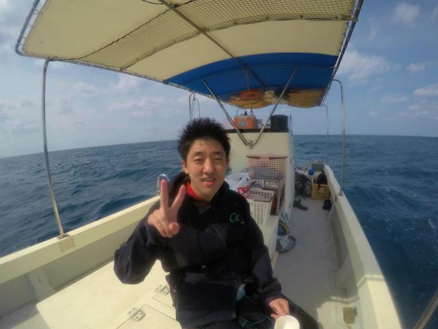 宜野湾沖でボートダイビング