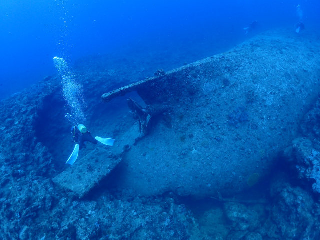沖縄 ダイビング 漁礁 沈船