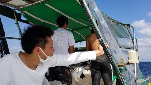 慶良間 ダイビング 体験 FUN ボート
