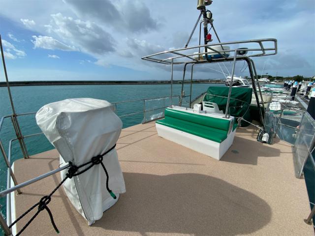 沖縄 ダイビング 自社船 観光 ボート