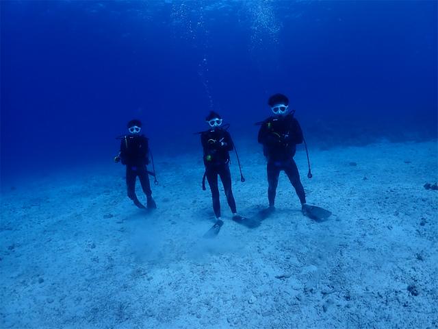 沖縄 チービシ ダイビング ボートダイブ 観光
