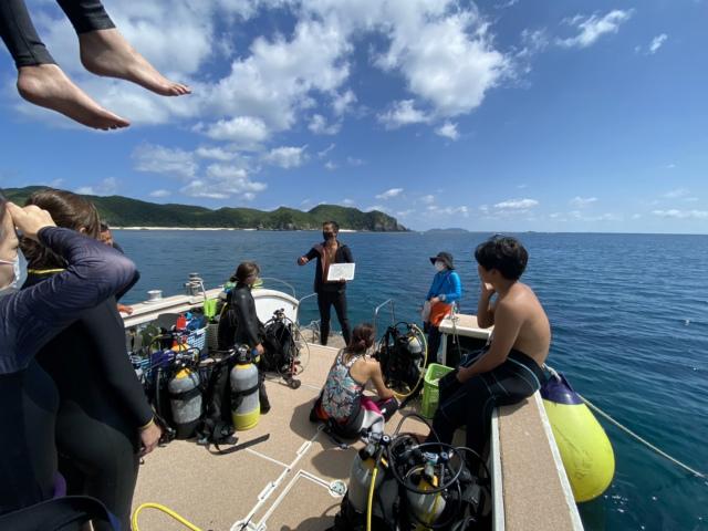 沖縄 慶良間 ダイビング FUNダイブ 自社船